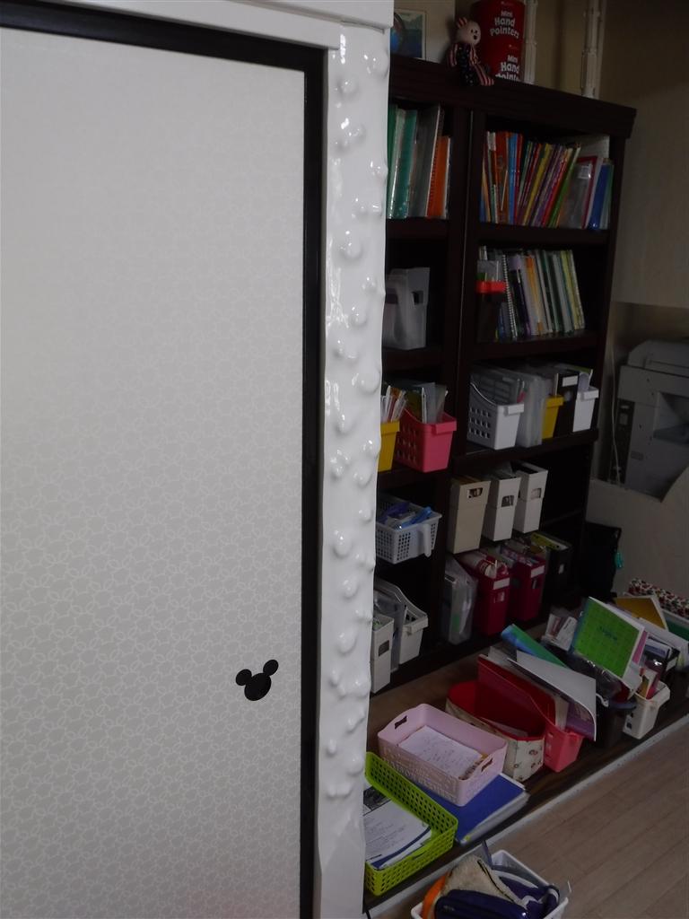 えいごのひろば 改装工事 教室 床柱