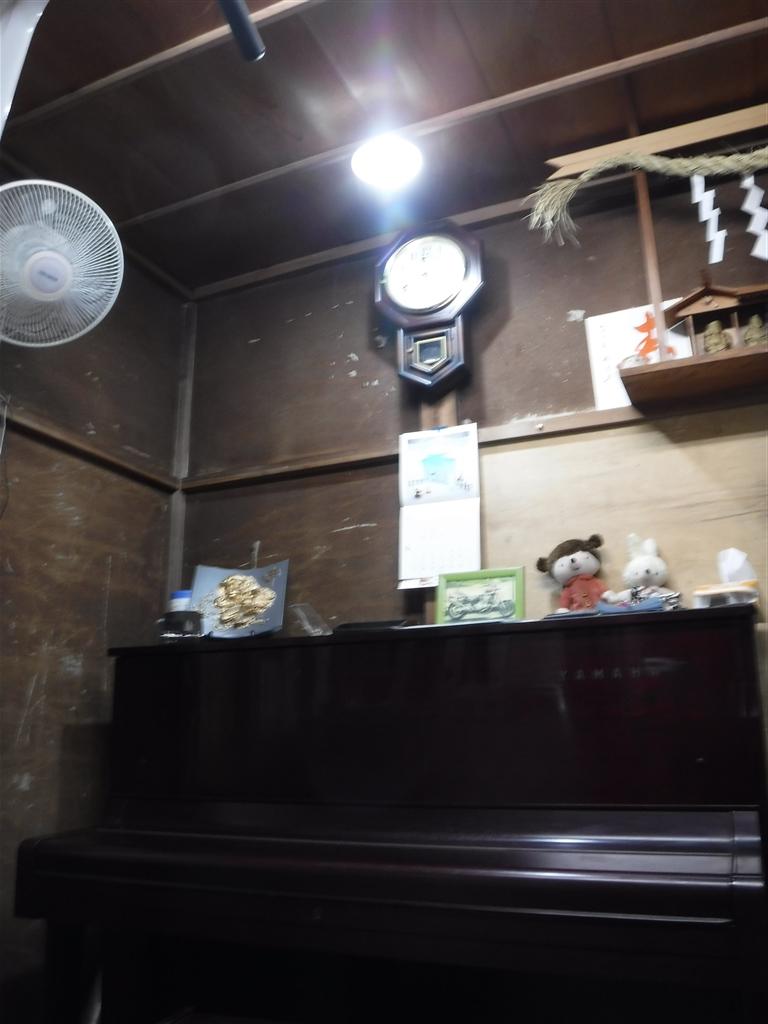 えいごのひろば 改装工事 教材倉庫 ピアノ照明