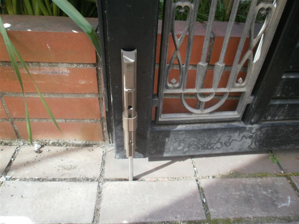 門扉の部品だけが・・・