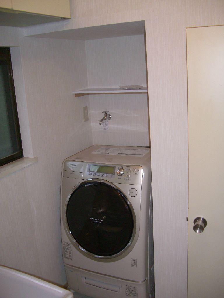 中古住宅購入♪できる範囲で改装!脱衣場 洗濯機置場