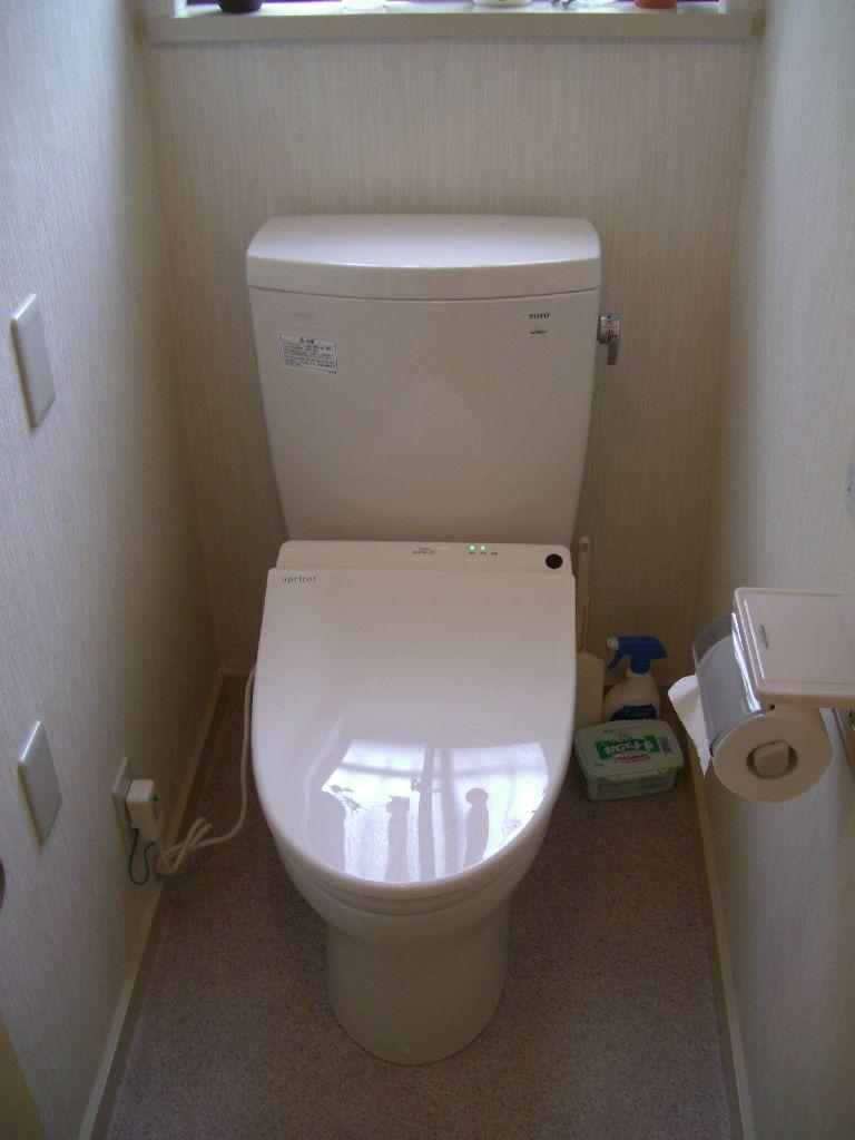 中古住宅購入♪できる範囲で改装!1Fトイレ