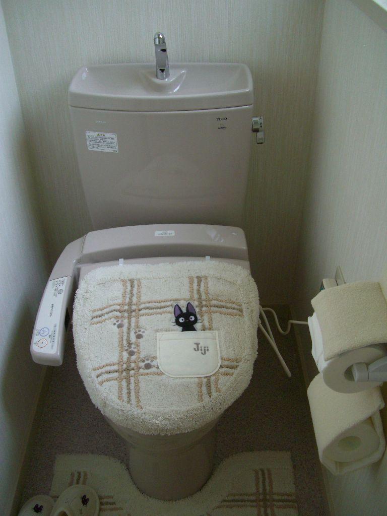 中古住宅購入♪できる範囲で改装!2Fトイレ