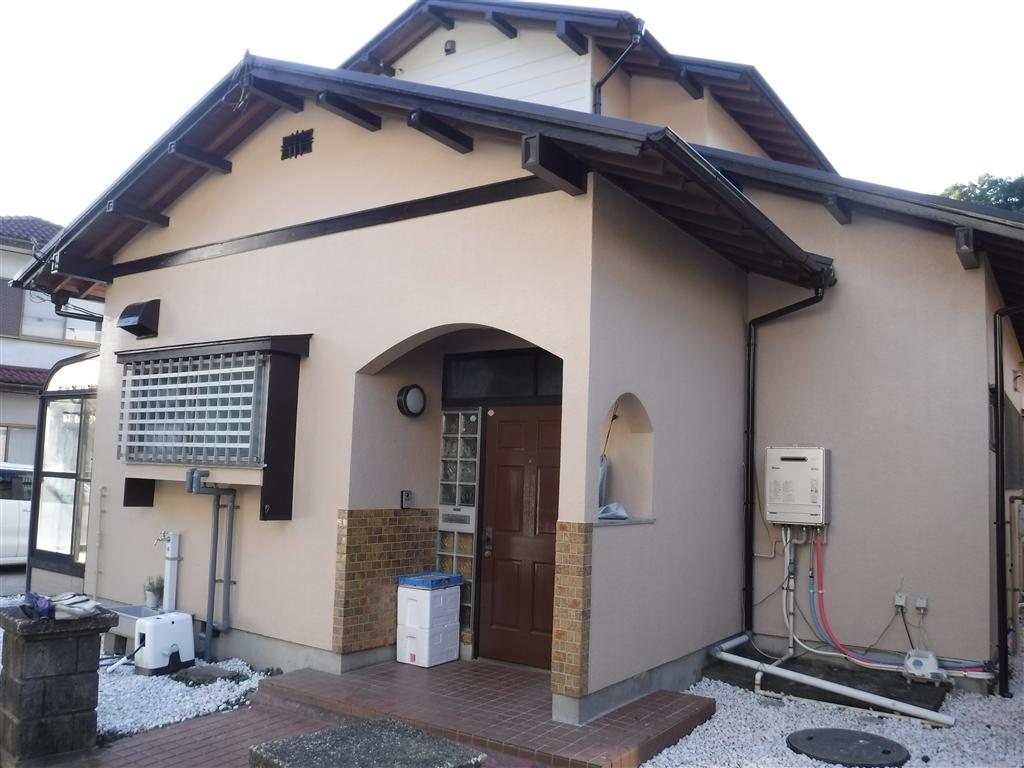 この家で暮らしていくしか・・・外壁塗装工事 1F