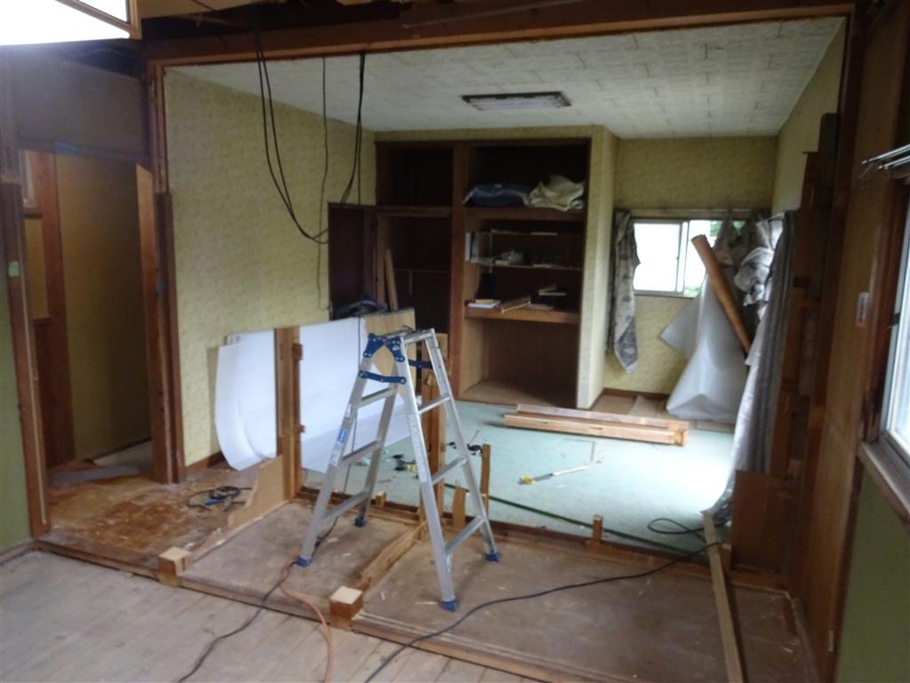 この家で暮らしていくしか・・・ 2Fの部屋を1つに!解体