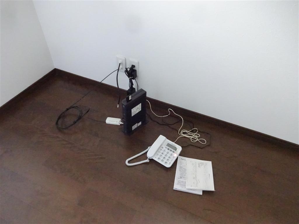 この家で暮らしていくしか・・・ 2Fの部屋を1つに!光ケーブル+コンセント
