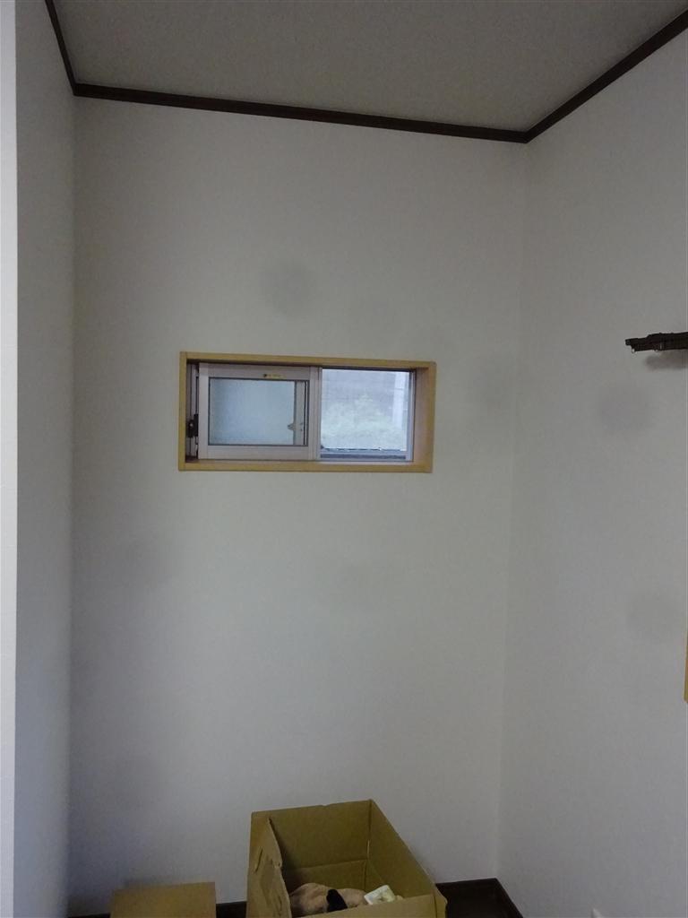 この家で暮らしていくしか・・・ 2Fの部屋を1つに!窓1