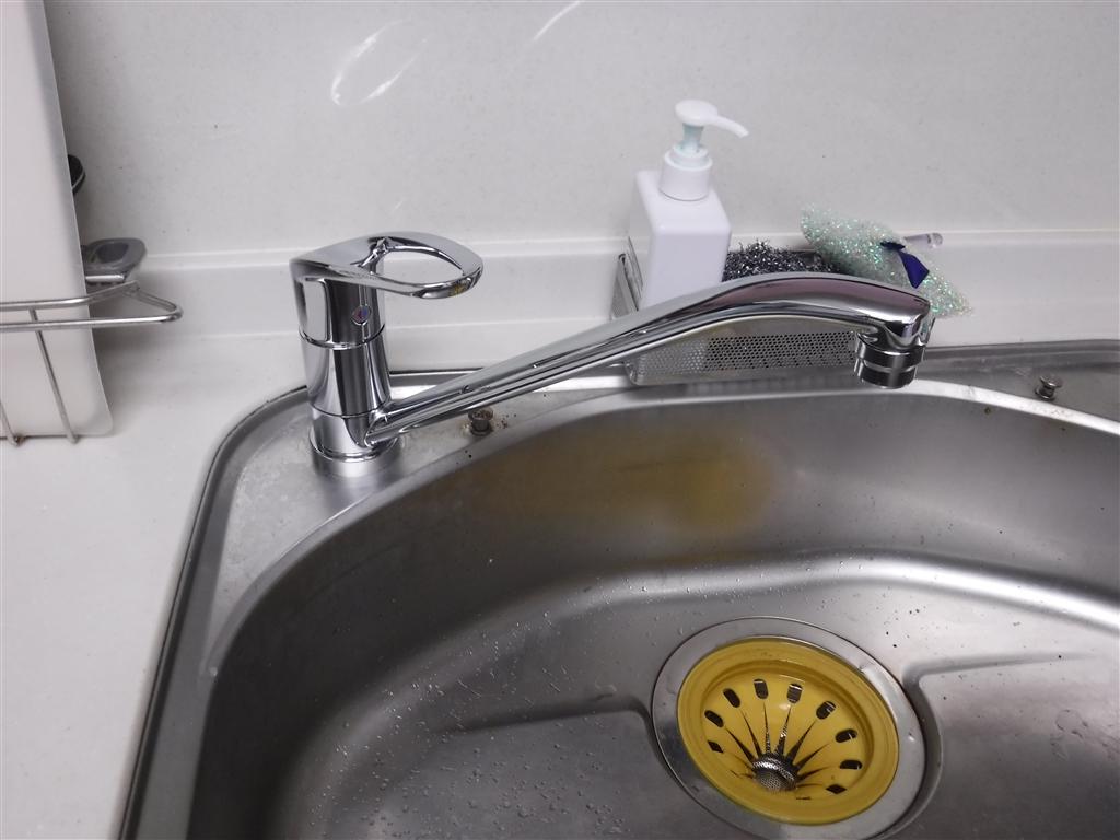 台所のアルカリ整水器を撤去して、水栓を取替えてください!