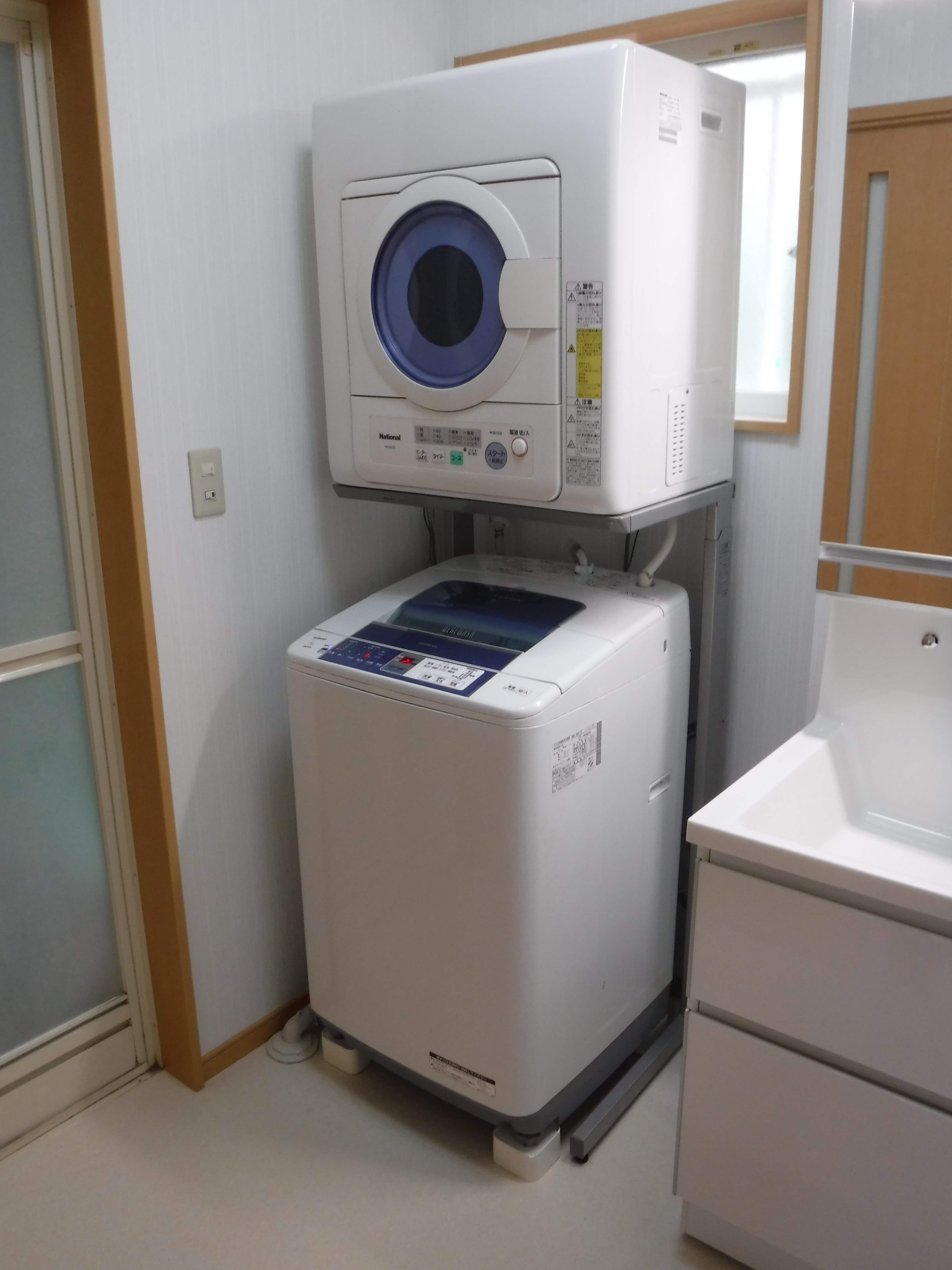 築11年脱衣場を全面改装♪洗濯機置場
