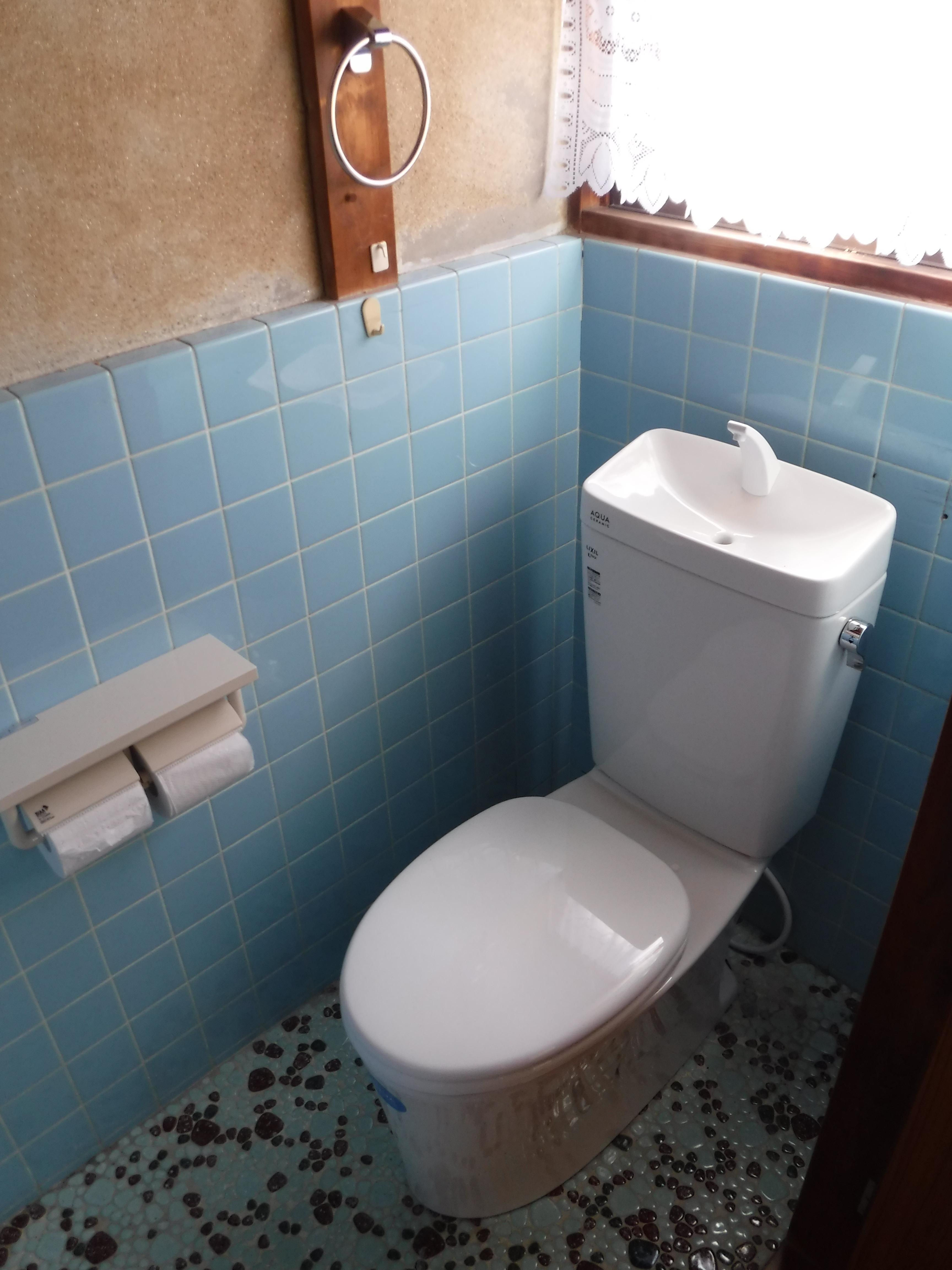 やっぱり2Fのトイレ取替えて♪