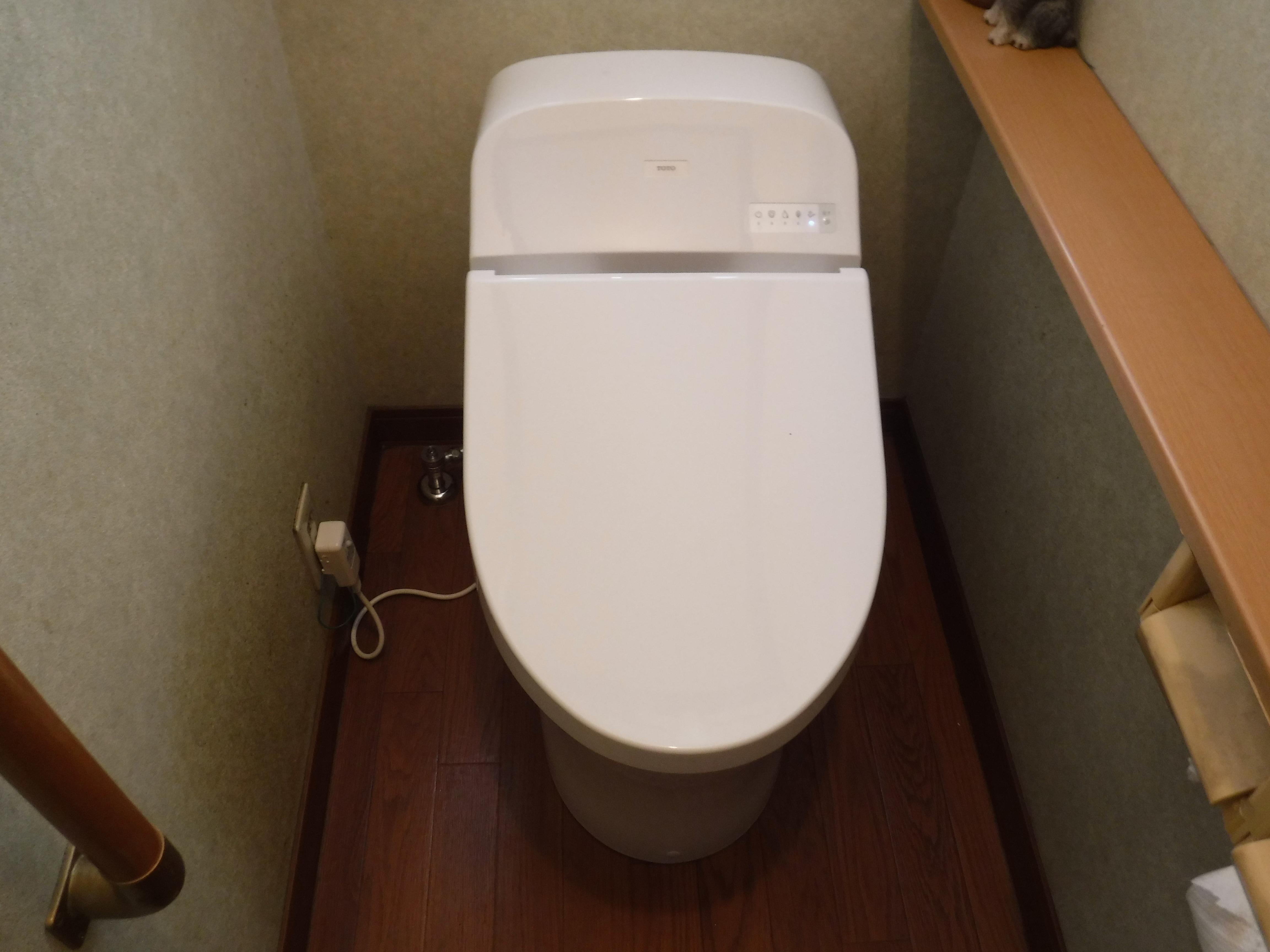 ハウスメーカーのオリジナルトイレ 一般のトイレでは?B