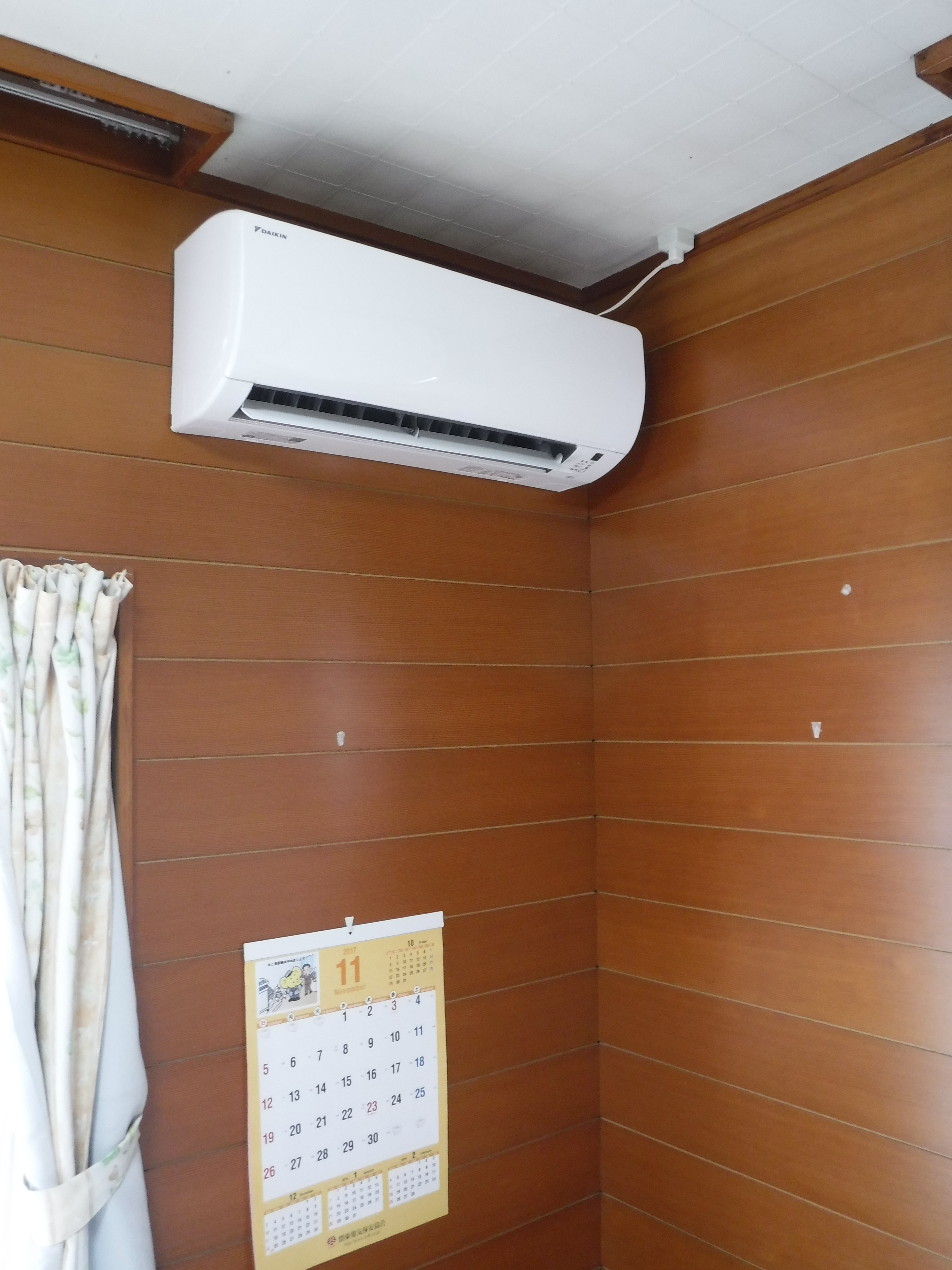 塗装工事の際にエアコンも取替えA