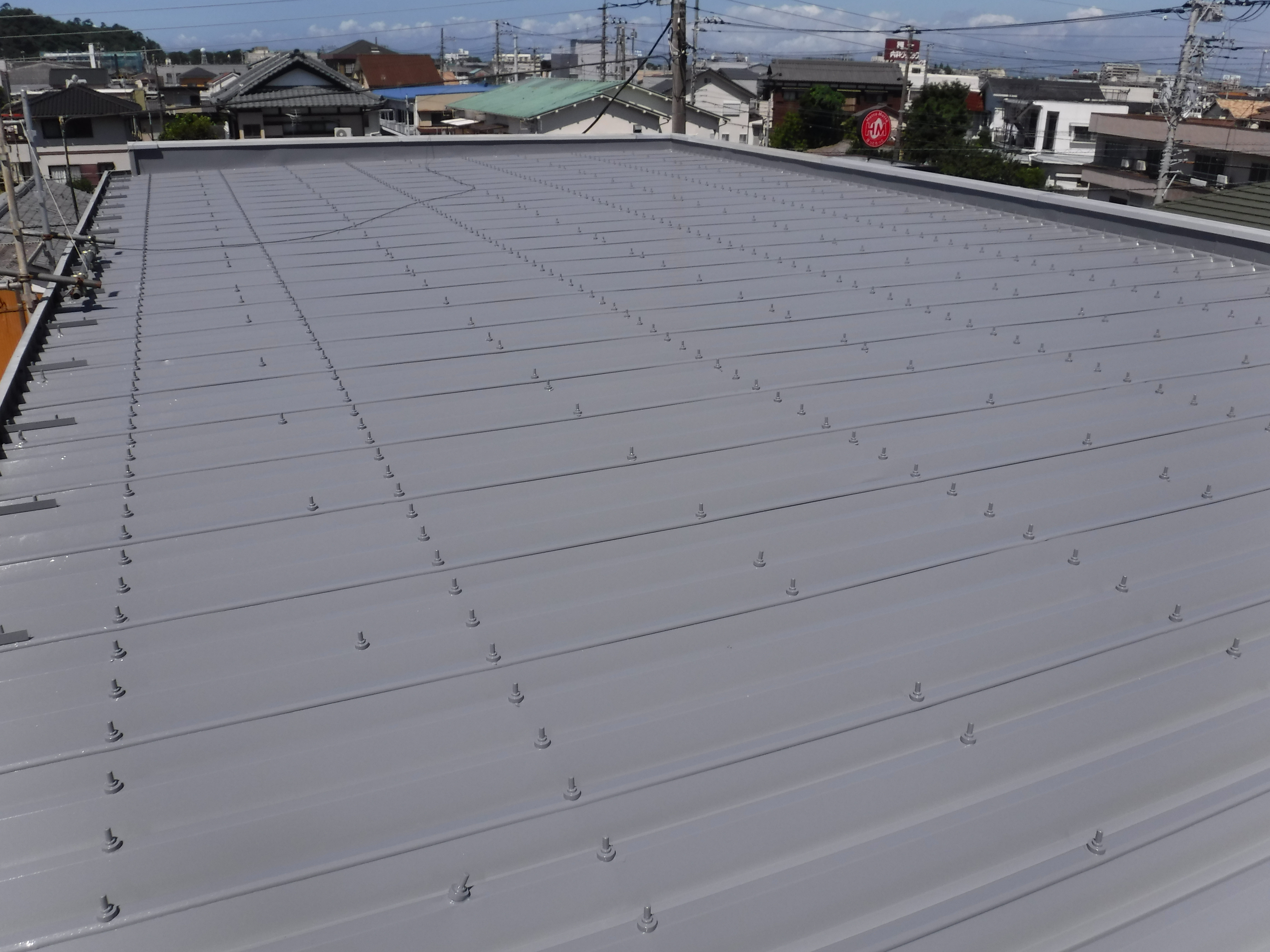 アパート折半屋根 塗装工事