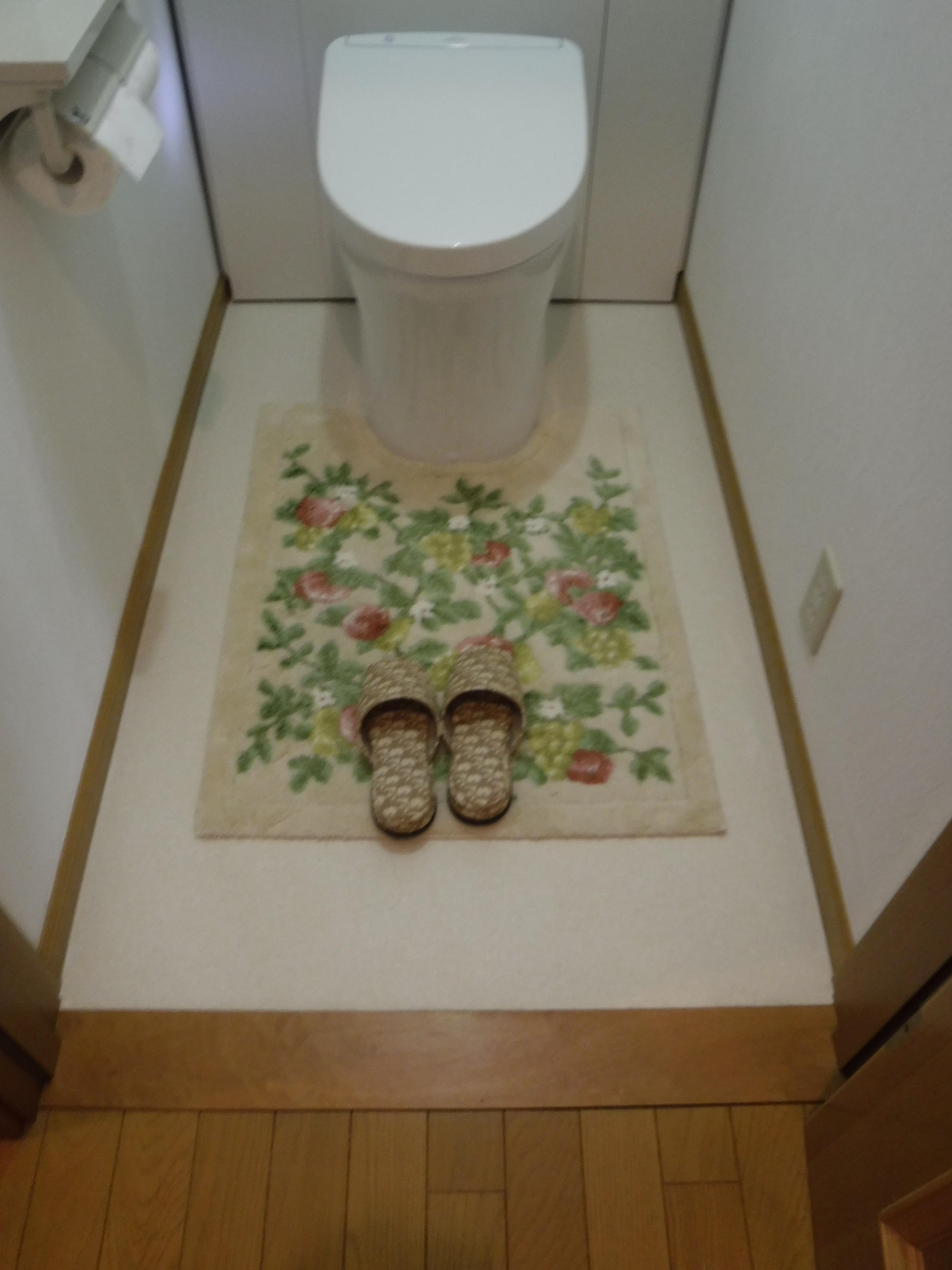 全く違うトイレにします♪1F 施工