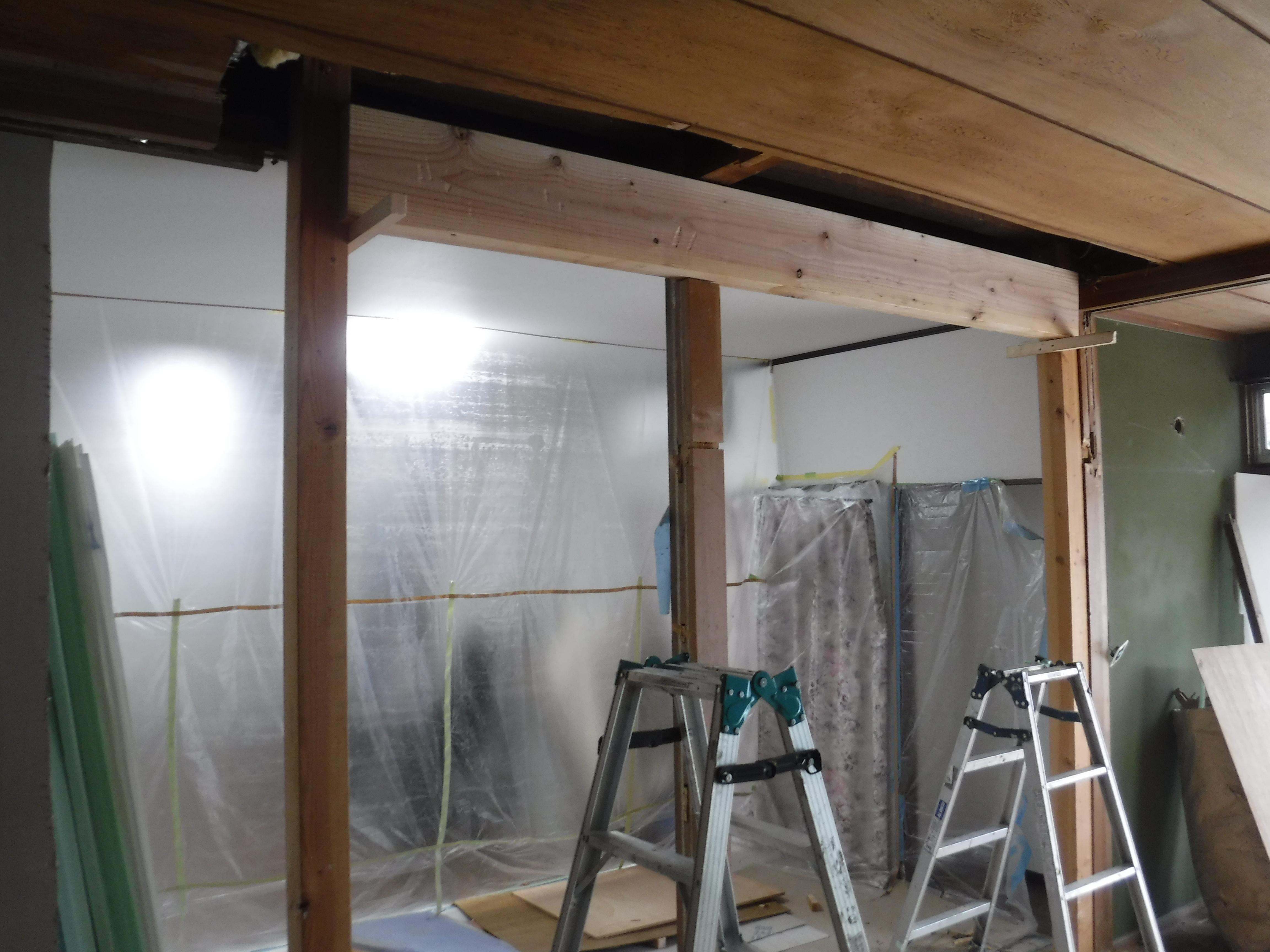 この家で暮らしていくしか・・・更に超拡大 和室壁解体・梁補強工事