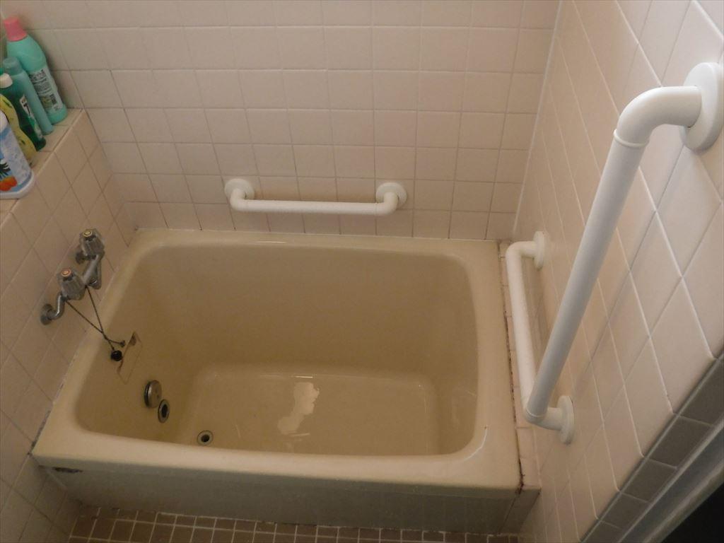毎年現れるなぁ~浴室に手すりを介護保険で!