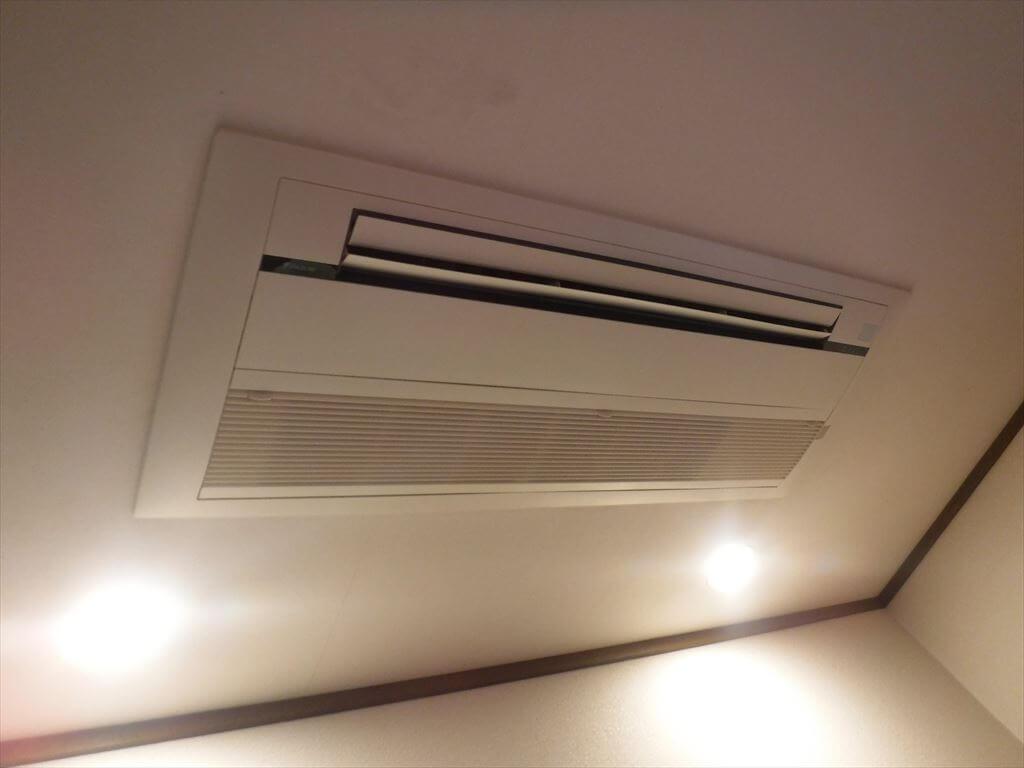 天井埋込カセット形 空調 ダイニング