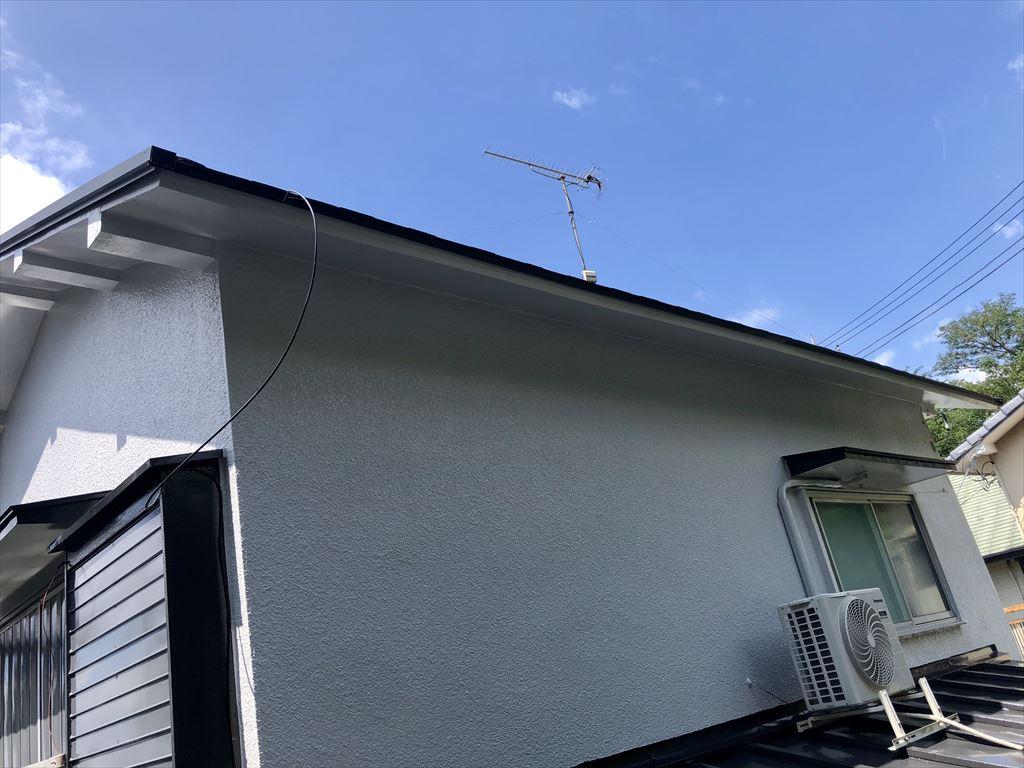 台風19号で瓦が超~ズレた!大屋根 雨樋撤去
