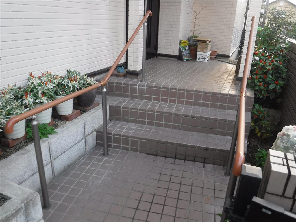 介護保険活用。道路から玄関までの階段 両側手すり!