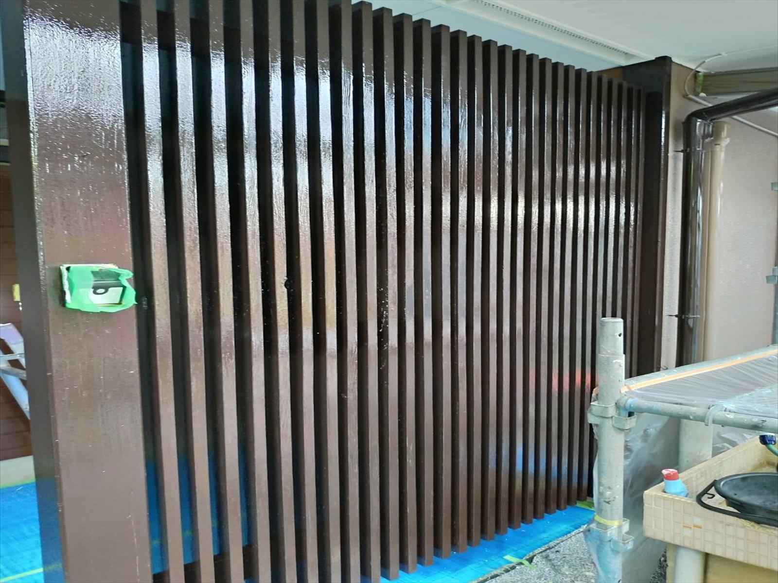 リフォームのひろばで2度目の塗装 玄関格子